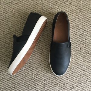 NWT Frye Dylan Slip on Leather Sneakers
